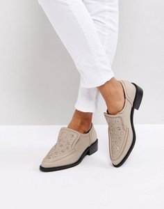 sol-sana-sol-sana-nancy-star-studded-flat-shoes-WqVwFQ8W62bX9jEN9QC7T-300