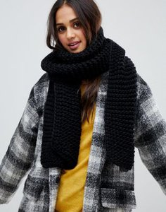 stitch-pieces-stitch-pieces-black-chunky-knitted-scarf-cHaPaRBe92V46buAmkmbS-300