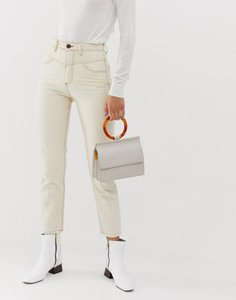 stradivarius-stradivarius-mom-fit-jean-in-white-fGXqFc5dW2E3zM7SoXxSC-300