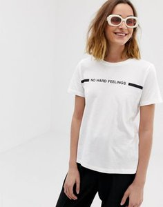 vero-moda-vero-moda-no-hard-feelings-t-shirt-KdQUP74sF2hyqsanQ4tvM-300