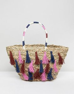vincent-pradier-vincent-pradier-multi-tassel-structured-straw-beach-bag-H5YExcLTW2rZky2G3djbw-300