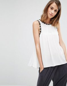 warehouse-warehouse-embroidered-detail-swing-top-ooAXZywJLS9Ss3ynx3N-300