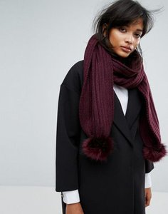 warehouse-warehouse-faux-fur-pom-pom-scarf-JtMArkNPv2SwJcpuEqmfV-300