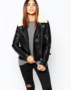 warehouse-warehouse-fur-collar-textured-pu-biker-jacket-VKeXT9AJcS3Sd3anA1y-300