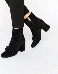 warehouse-warehouse-suede-bow-detail-heeled-ankle-boot-vLpvodYJfRjSt3ynMcE-300