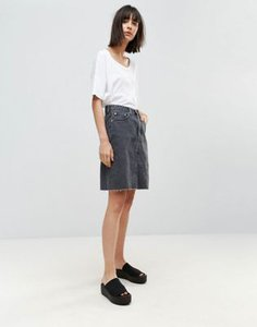 weekday-weekday-denim-skirt-with-frayed-hem-x4MArkNNw2SwTcpviqmfp-300