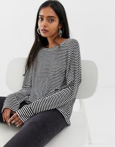 weekday-weekday-long-sleeves-t-shirt-in-black-and-white-stripes-RoP48wNEg25TEEjrCxYEh-300