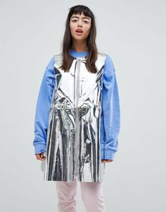weekday-weekday-press-collection-solar-metallic-foil-sleeveless-jacket-3rcHtFgRX27a7DoqgsnNu-300