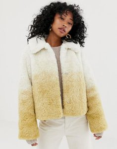 weekday-weekday-short-faux-fur-jacket-in-gradient-beige-QeVBoLXhb2bXKjG8UQDZQ-300