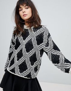 willow-and-paige-willow-and-paige-chunky-knit-jumper-with-contrast-pattern-ZNVwY98c82bXtjEyQQFNR-300