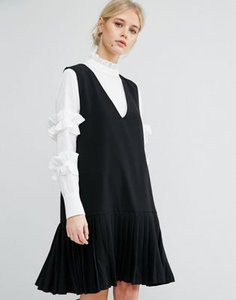 zacro-zacro-sleeveless-shift-dress-with-pleated-hem-3st9W2AJHSVSs3enDnz-300