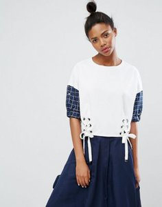 ziztar-ziztar-up-at-midnight-lace-up-top-woth-contrast-sleeves-VicnzgSP727aLDoWJsVVf-300
