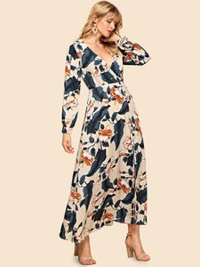shein-shein-allover-botanical-print-surplice-neck-maxi-dress-57Auw7cdqmAXQ2dckCwy2SocDfJGR5oT-300