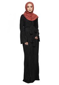 arco-yusra-pleated-dress-Dg6VX9o4H4B9d4XYMjn5bX8B3Lf1yYVxLZeZ-300