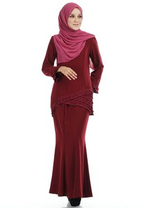 ashura-hawa-kurung-with-asymmetry-layered-pleated-BekXdh3CnGr4f5NUDr5m8zWu2g6LM3ekrsK2-300