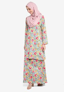azka-collection-english-cotton-kurung-SPJhvbjqQMM8uyEVP7RmJAcT2pk1omhZRzcA-300