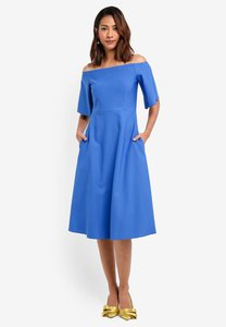 closet-off-the-shoulder-flare-dress-cvofS9i5zT9yyuiJMEoozEru3n7Av9pt6fde-300