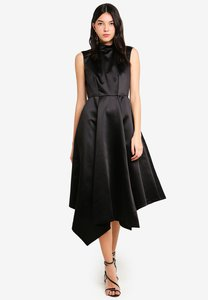 closet-black-asymmetric-dress-Mv6tR6FwcciVASXLWvxcspu73h8vGGXb6uCv-300