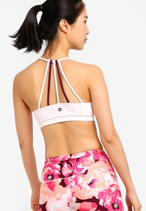 cotton-on-body-essential-strappy-crop-sports-bra-BuD9LYGT5vt9FoFfq4iRVGMz2iLEHTgNyHRC-300