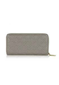 dazz-calf-leather-iconic-quilted-wallet-light-grey-tbdPrGsoXyET3uKTvSxHo5CVAWSonEJeg-300