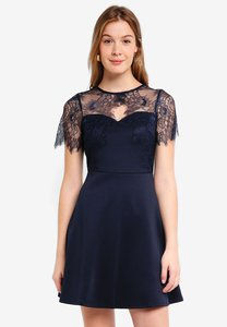 dorothy-perkins-eyelash-lace-top-fit-flare-dress-LELHd9nfRWn5yLQbLyEsgNkn3MF3xU5LXyav-300