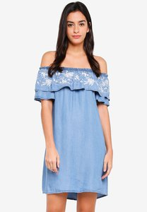 dorothy-perkins-midwash-embroidered-bardot-dress-btrjVioUVYbTm8QDqYmdCCBz2fKSDQE44P2x-300