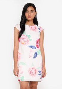dorothy-perkins-white-bloom-print-shift-dress-NzhHc9noCd5icvnyTDYbWLYo3Gm2x8GnXeES-300
