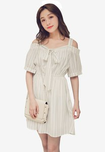 eyescream-cold-shoulder-stripes-dress-SapFhUbzVk3CiVqVrsEgnkPA2XFwgu1i8mSk-300
