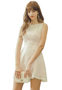 eyescream-lace-flare-dress-qckUvUeeXNepHfbCWkDDBcBq29DiN2zcxMTC-300