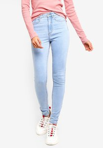 factorie-the-skinny-high-rise-jeans-1NNeb68s6PBdB9sx1gM532YC3429B5brFXRY-300