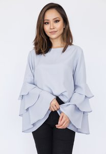 hook-clothing-tiered-long-sleeve-blouse-8gvTbzvJnzGXKrY2aTPuqzGu2TBfMyQDFVQp-300