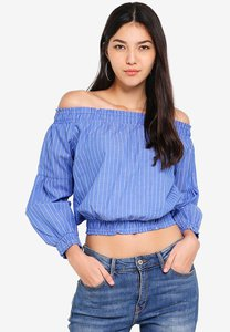 kitschen-off-shoulder-stripe-crop-top-JiaxAh9EAAZTXsVUXmSntg4d2ta2mQbZWm58-300