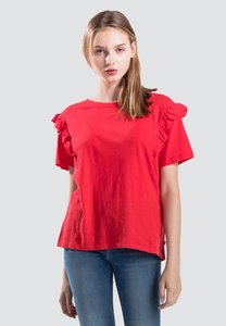 levis-levis-heather-tee-chinese-red-female-56372-0002-scZ6QYCqmN2Kkd1p66Gfknw52e8u6feqBrMp-300