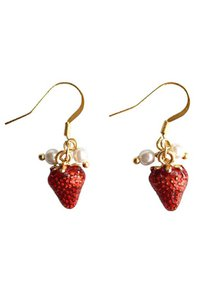 lovengifts-lovengifts-petite-strawberry-gold-plated-korea-chic-drop-earrings-gHHfFUbXGFV1AkLbq7M7RR1P2gbv1LfdjNJb-300