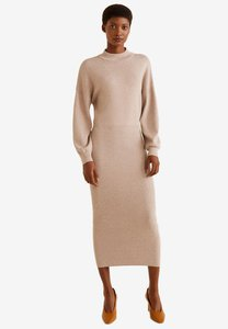 mango-knit-long-dress-Sh3SE7tZYN1rhRqakDNRXoGU32EEgxyNrhgj-300