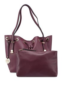 marie-claire-large-bucket-tote-bag-rXgSo4NWNdDLxeLj1i8TyNnd3u64Lh1A384q-300