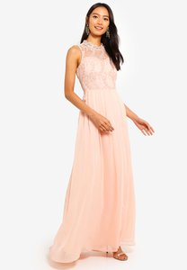 mela-london-contrast-lace-maxi-dress-MfW81h36TszVfzJovRXMNTxA2FdN2jdCF7aN-300