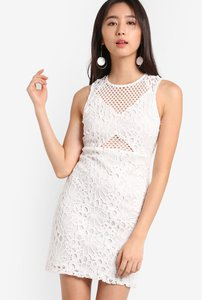 miss-selfridge-white-lace-pencil-dress-e6JwJaZ5vULNV4aerKV9z57ue3dSkcMRQ-300