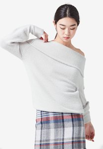 nain-off-shoulder-knit-top-ywkfU7whBHjPdMraw5qfkAMN36c7PyaHgPTH-300