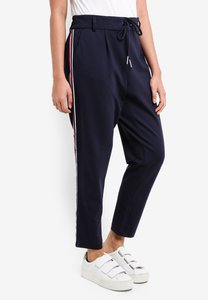 only-detailed-sport-pants-hWVo1znsa2c6zpFeeRPFTzuE2NTyveyPn3GB-300