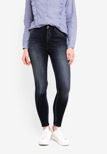only-posh-black-washed-jeans-tMGNphAhhyEQ5PTsvS8ppULE2HZ27gWC7JyN-300