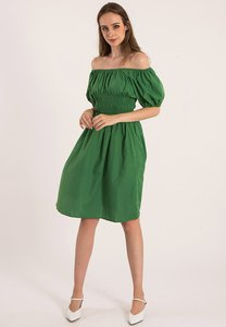 plain-b-plain-b-off-shoulder-dress-DEvFvzuem57tHdHUZfHKwjw92JfnL8RLSbxR-300