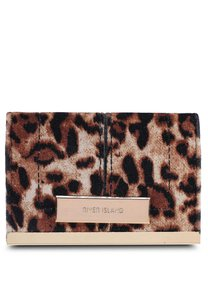 river-island-leopard-travel-card-holder-7FJFVUbXsgcn82hvZMeQBf1g2vkrgTP68qtm-300