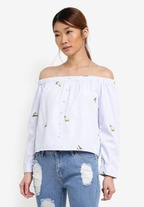 something-borrowed-button-down-off-shoulder-top-KcoshZu9EkxpNoAttFUFjn5g2qn4uExCnK6X-300