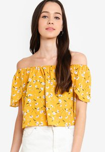 something-borrowed-off-shoulder-flare-top-3Bbri2fLsCxd2iVYdU56Caps3FpoXcrdFy63-300