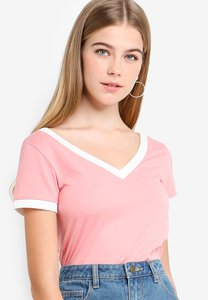 something-borrowed-contrast-binding-v-neck-top-PBT6Cbi1o2rXe9KNzViTxV8h236ATBxY1sFS-300