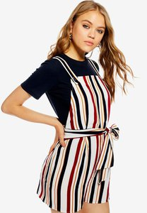 topshop-striped-pinafore-playsuit-mWCKoh2kUQqVFDu1xtvLS8th2PdLMucy3aHd-300