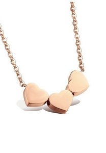 vivere-rosse-three-hearts-necklace-5yHVbPuFL14cvuV482XbJ5Wa9kv888v52-300