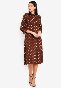 wallis-brown-polka-dot-midi-shirt-dress-g2Hg76EBdZV4xyFMDLSb6a3u3KJtFW3oHCha-300