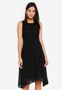 wallis-petite-black-lace-top-fit-flare-dress-jHUrVUaSS1ucTVrZePryGqBL2y7wLHdLXPMN-300
